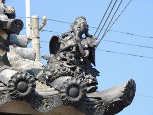 長光寺の装飾瓦 山門四隅の仙人?