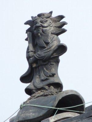川西町吐田の鍾馗さん