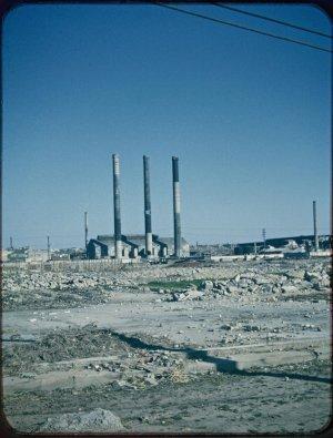 国立国会図書館デジタルコレクション~モージャー氏撮影写真資料より。名古屋市矢田の三本煙突